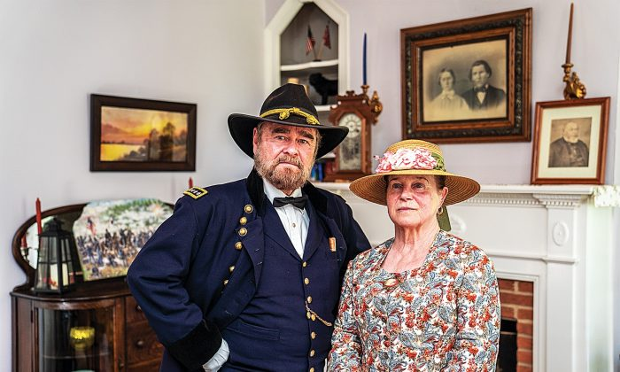 Larry and Connie Clowers at the Lightner Farmhouse Bed and Breakfast in Gettysburg, Pennsylvania, on June 15, 2019. The Clowers, of Gettysburg, Pa., are living historians who, since their retirement, have been portraying the Grants.  (Shenghua Sung/The Epoch Times)