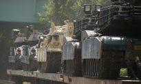 Trump Promises Tanks, and 'Biggest Ever Fireworks' for July 4 Celebration