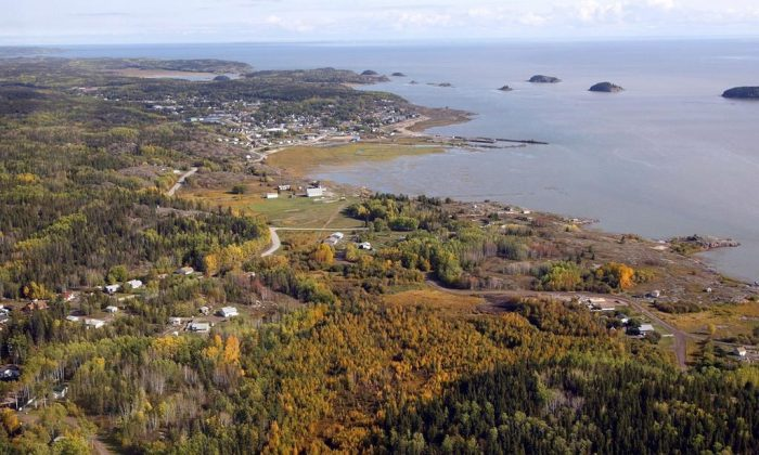 An aerial view of Fort Chipewyan, AB, on the boundary of Wood Buffalo National Park is shown on Sept. 19, 2011.  (Jeff McIntosh/The Canadian Press)