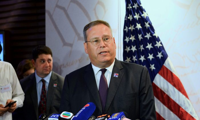 Outgoing U.S. Consul General to Hong Kong and Macau, Kurt Tong, speaks for a U.S. Independence Day event at the Hong Kong Ocean Park Marriott Hotel on July 2, 2019. (Song Bilong/The Epoch Times)