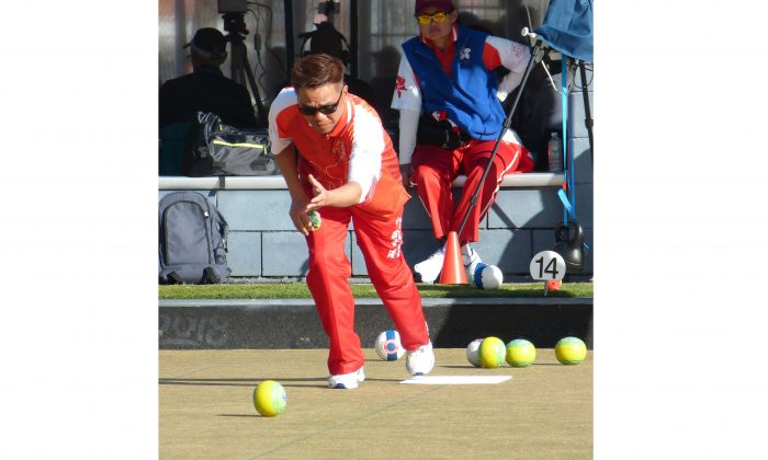 The best effort from Hong Kong international Tony Cheung was not enough to defeat New Zealand's Shannon McIlroy in the semi-final of the men's singles at the Asia Pacific Championships in Gold Coast, Australia, last Thursday, June 27. Cheung can only settle for a bronze after the defeat while McIIroy went on to prevail in the final. (David Alan)