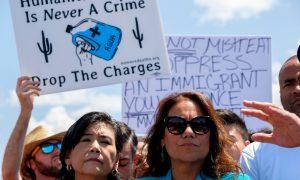 Democratic Congresswoman Sending Staff Into Mexico to Instruct Asylum Seekers: Report
