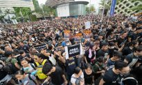 Hong Kong Leader Says Bill Is Dead, but Protesters Don't Buy It