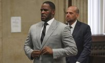 R. Kelly Arrested on Federal Sex Crimes Charges