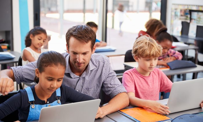 Charter schools would be an excellent way to give parents more options and also promote educational diversity across Canada. (Shutterstock)