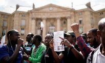 Migrants Storm Paris Pantheon Demanding Residency Papers and Free Housing From French Government