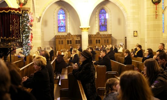 Americans, and the World, Are Becoming More, Not Less, Religious