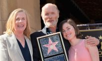 Ed Harris and Amy Madigan's Daughter Is Grown Up, the Family Resemblance Is Uncanny