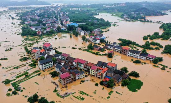 China Experiences Unprecedented Levels of Flooding, as Chinese Media Keeps Mum