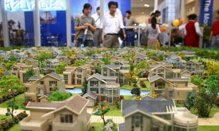 A display of model villas in Shanghai. (Liu Jin/AFP/Getty Images)