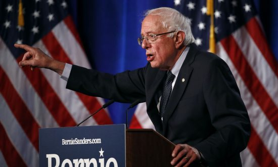 Sen. Bernie Sanders Promotes China's Poverty Alleviation Claims