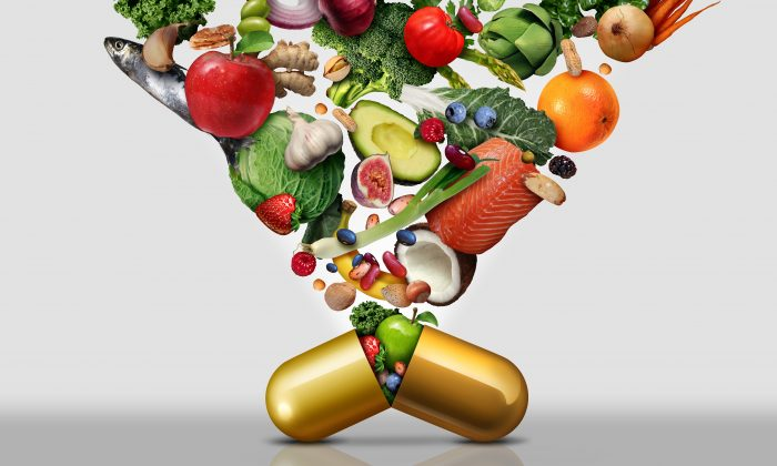 Food is the best place to get your vitamins—and your antioxidants. (Lightspring/Shutterstock)
