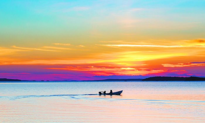 Sunset over Lake Saimaa. (Mikko Nikkinen/Visit Finland)