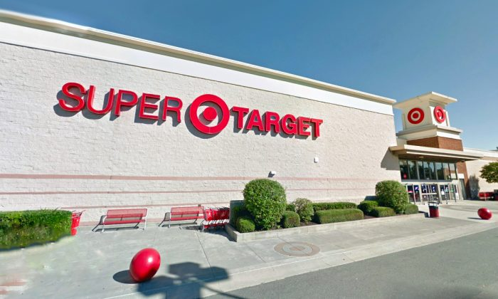 Exterior of the Target super store in Acworth, Ga., in October 2018. (Google Maps Street View/Screenshot)
