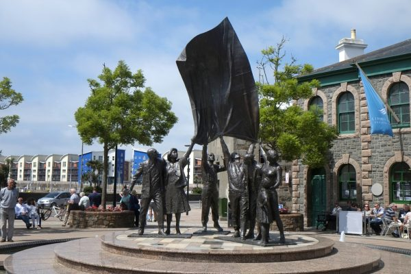 Jersey, Saint Helier, Monument on the Liberation Square