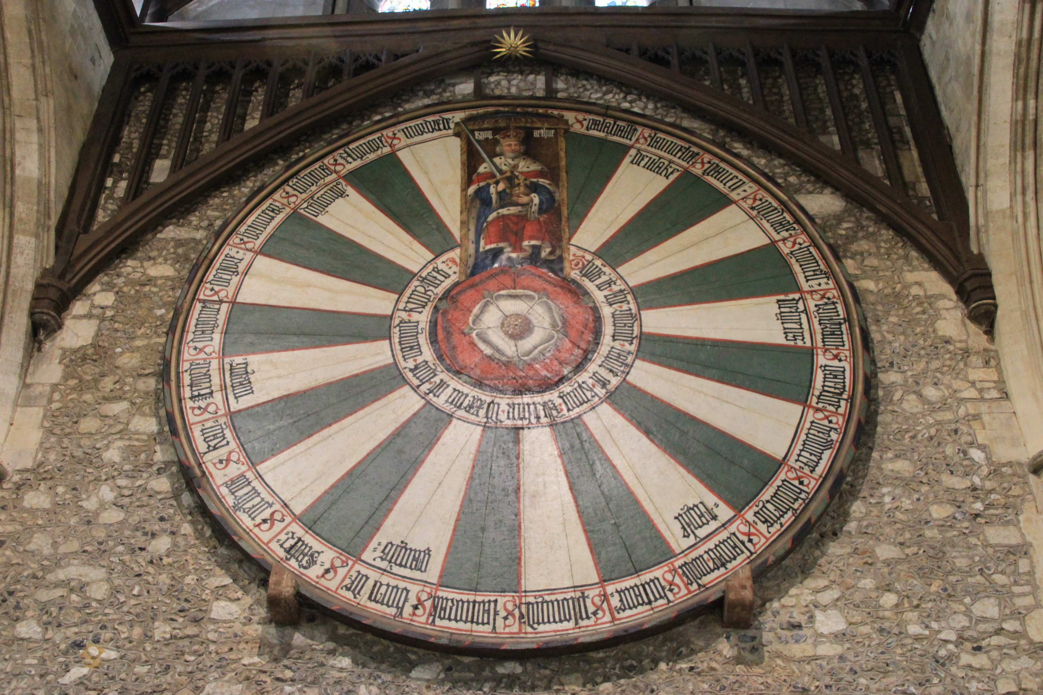King Arthur's Round Table, Great Hall Winchester Wibke Carter