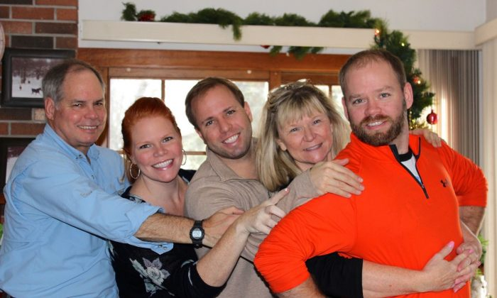 Members of the Weaver family (left to right) father John Weaver II, daughter Sara, son Matt, mother Linda and son John Weaver III are shown in a family handout photo. A family of three American men, John Weaver II and his sons John Weaver III and Matt Weaver were among the seven people on a float plane that crashed into a remote Labrador lake on Monday. (HO-Weaver Family/The Canadian Press)