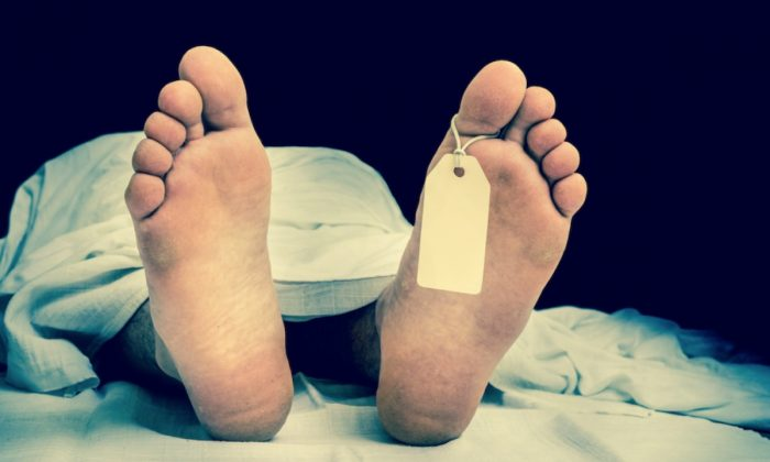 Stock image of a deceased man. (Andriano.cz/Pixabay)