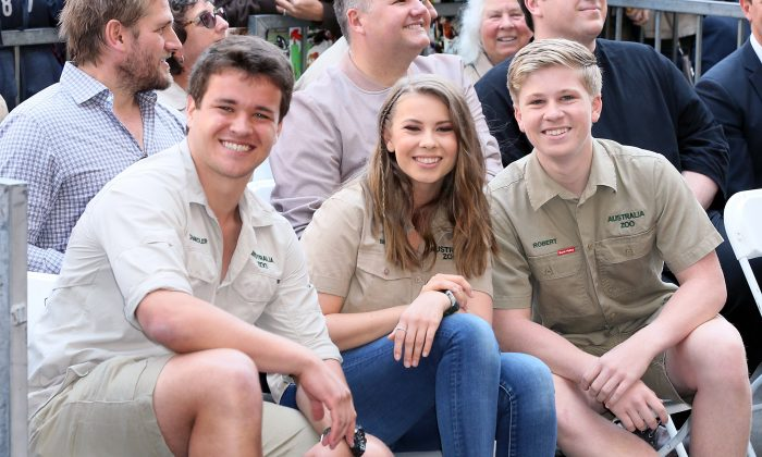(L-R) Wakeboarder Chandler Powell and conservationists and television personalities Bindi Irwin and Robert Irwin attend Steve Irwin being honored posthumously with a Star on the Hollywood Walk of Fame in Hollywood, California on April 26, 2018. (David Livingston/Getty Images)