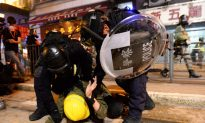 Hongkongers Defy Local Authorities With Protests to Condemn Police Violence