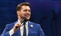 Woman Interrupts Michael Bublé at Concert, He Can't Believe Who She Calls Over