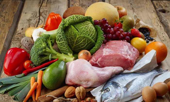 A paleo diet of meat and vegetables is missing the health benefits that come from whole grains, and that could increase the risk of heart disease.   (MaraZe/Shutterstock)