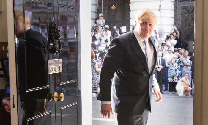 New Prime Minister Boris Johnson arrives in 10 Downing Street on July 24, 2019 in London, England. (Stefan Rousseau - WPA Pool/Getty Images)