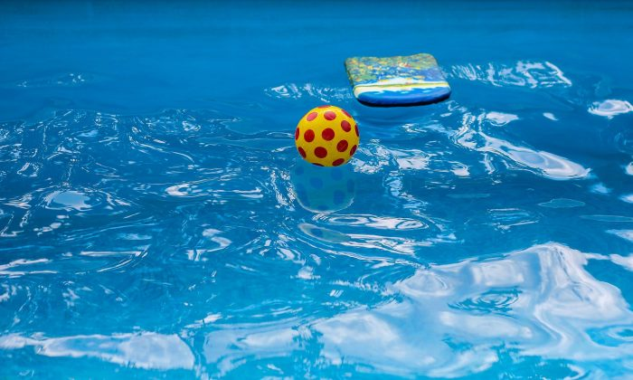 A file image of a pool with inflatable toys. (Pixabay)
