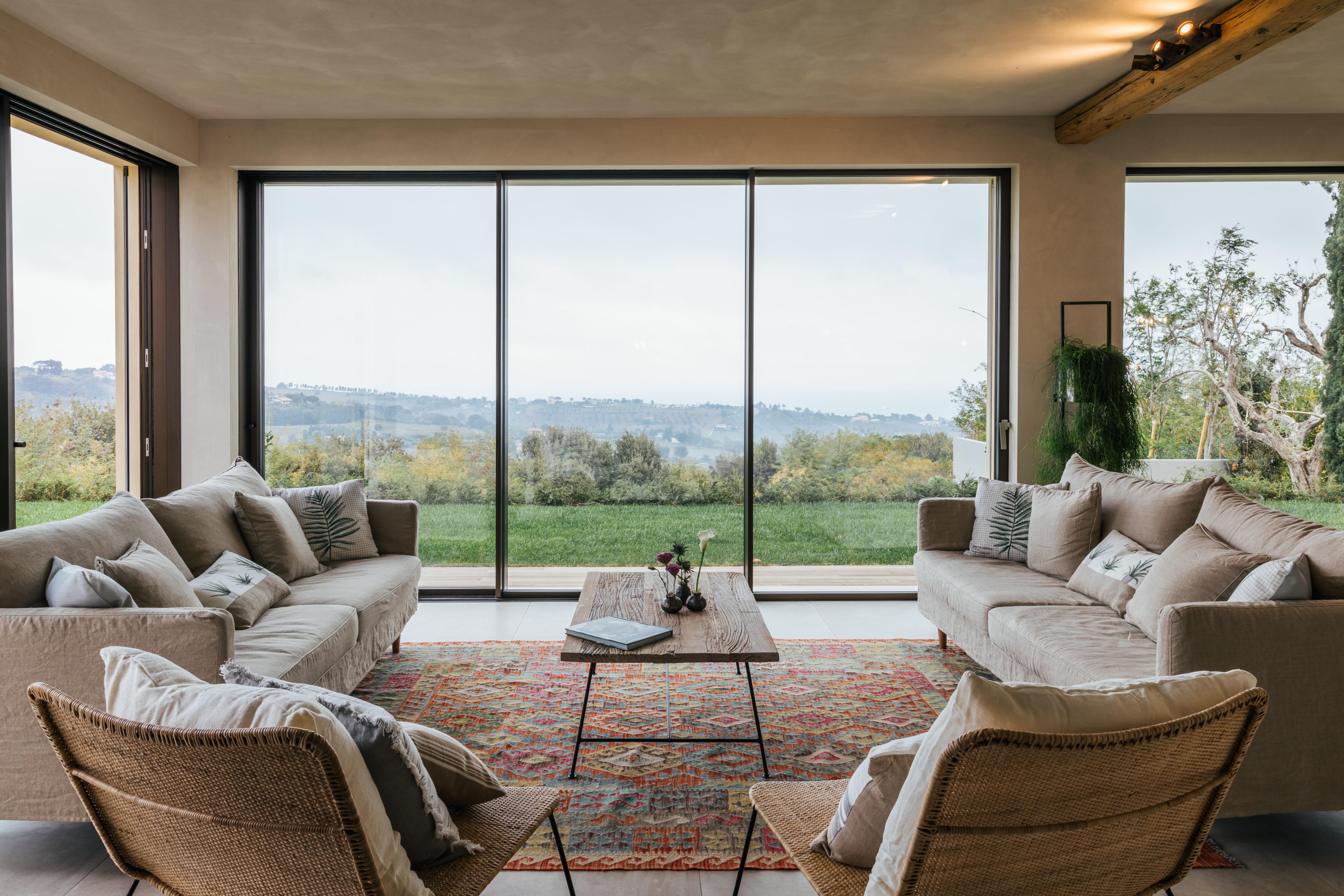 Ground floor open plan lounge_Villa Olivo_Photo credit Andrea Volpini