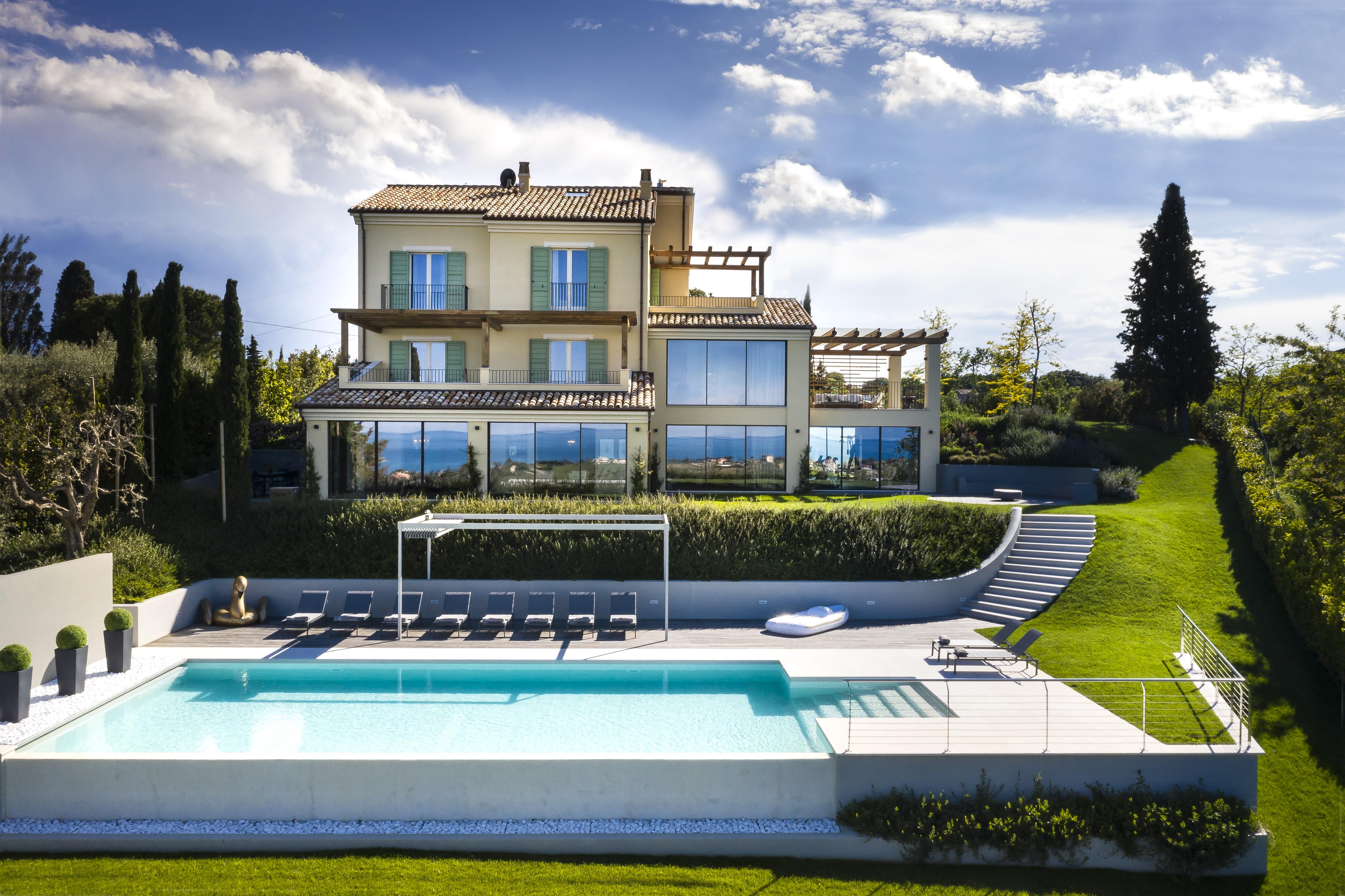 Villa Olivo Italian Luxury home from home_Villa Olivo_Photo credit_Davide Bischeri