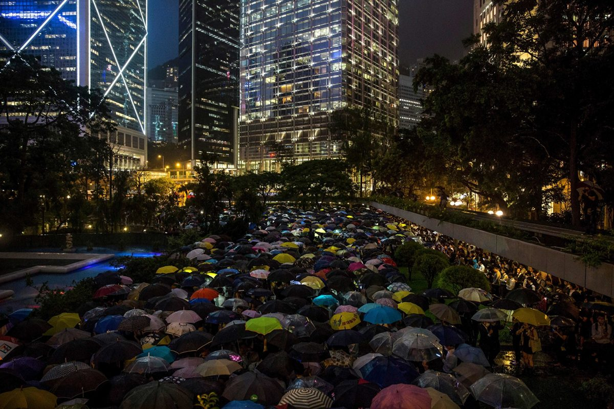 Bankers Join Flash Mob in Latest Hong Kong Protests