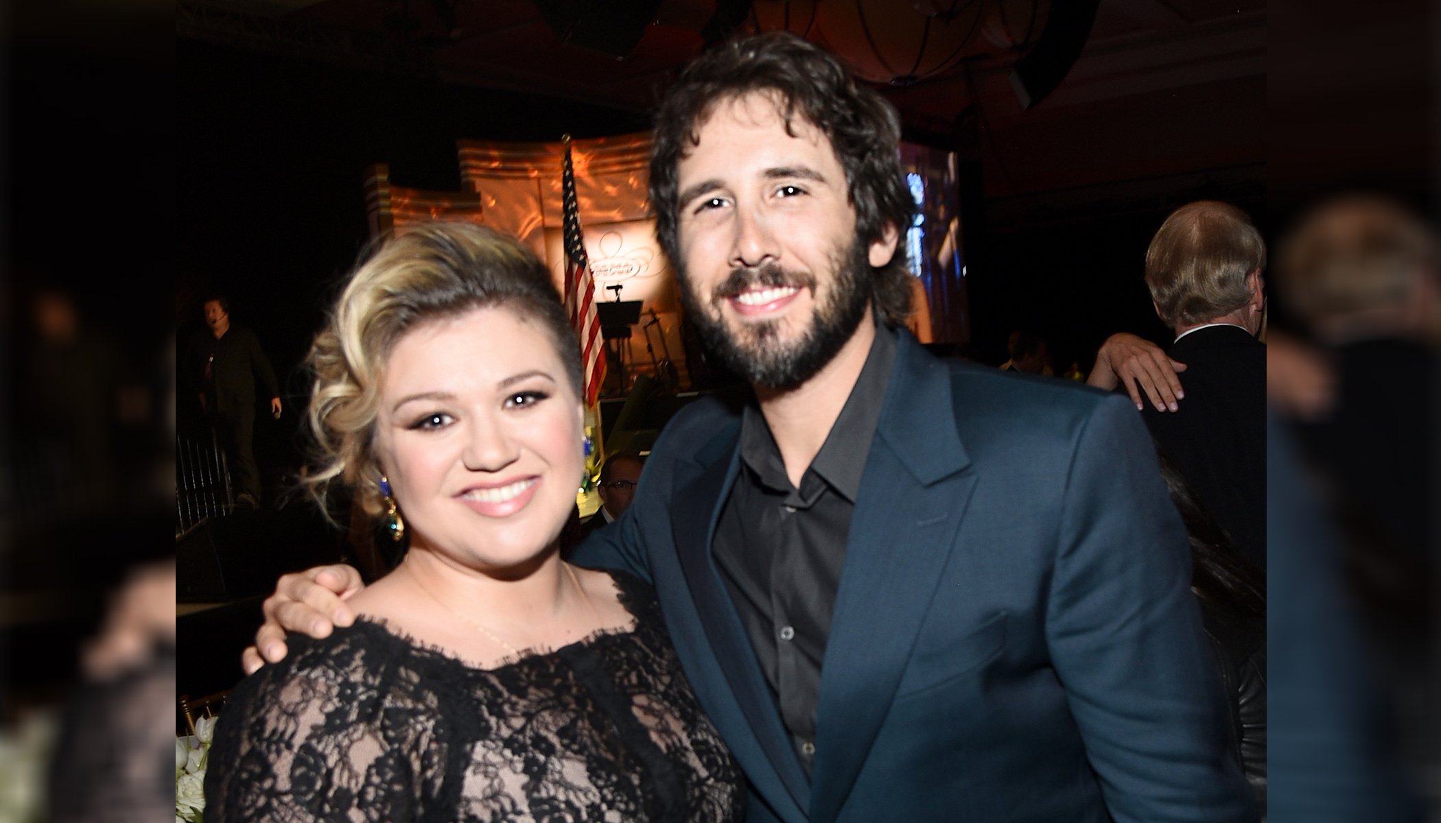 Josh Groban and Kelly Clarkson Charm Fans With 'Phantom of the Opera' in This 2015 Duet