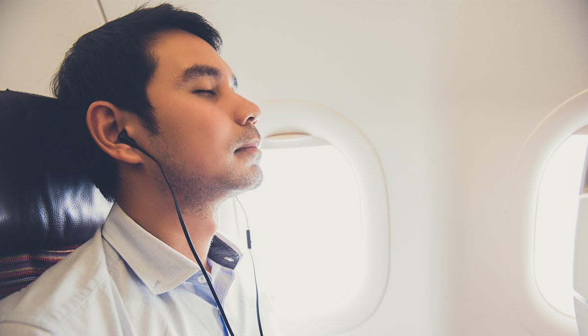 Doctors warn against wearing headphones for too long, the reason will gross you out