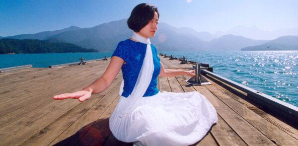 Falun Dafa meditation-fb