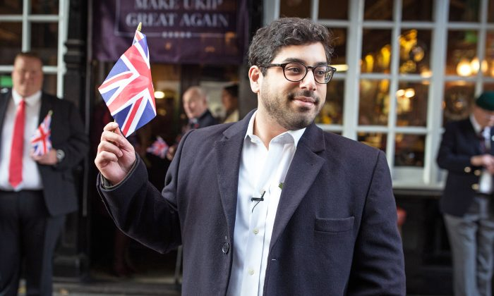 Conservative Writer Raheem Kassam stands outside the Westminster Arms pub in London, UK, on Oct. 28, 2016. (Dan Kitwood/Getty Images)