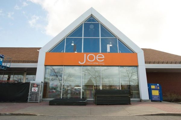 Loblaws grocery store and the Joe Fresh clothing store in Kingston, Ontario on May 2, 2013. (Lars Hagberg/The Canadian Press)