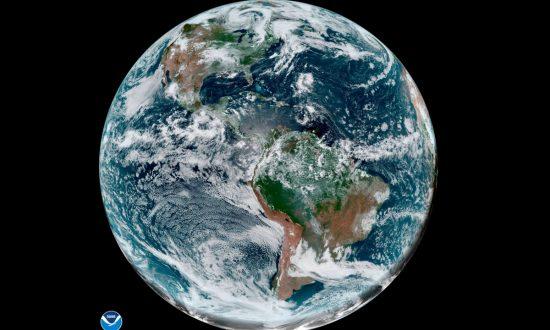 El Nino Fades so Forecasters Expect Busier Hurricane Season