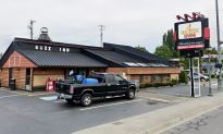 Staff Throw Pregnant Woman Out of Steakhouse, the Reason Has Internet Up in Arms