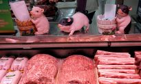 US Confirms Light Soy, Wheat, Pork Sales to China Before Latest Tariff Threats