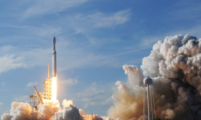 The SpaceX Falcon Heavy launches from Pad 39A at the Kennedy Space Center in Florida, on Feb. 6, 2018, (Jim Watson/AFP/Getty Images)