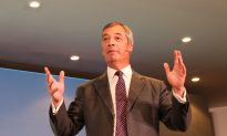 Nigel Farage Says Former Australian PM Turnbull 'Pretended to Be Conservative'