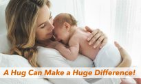 The More You Hug Your Kids the Smarter They Become, Study Reveals