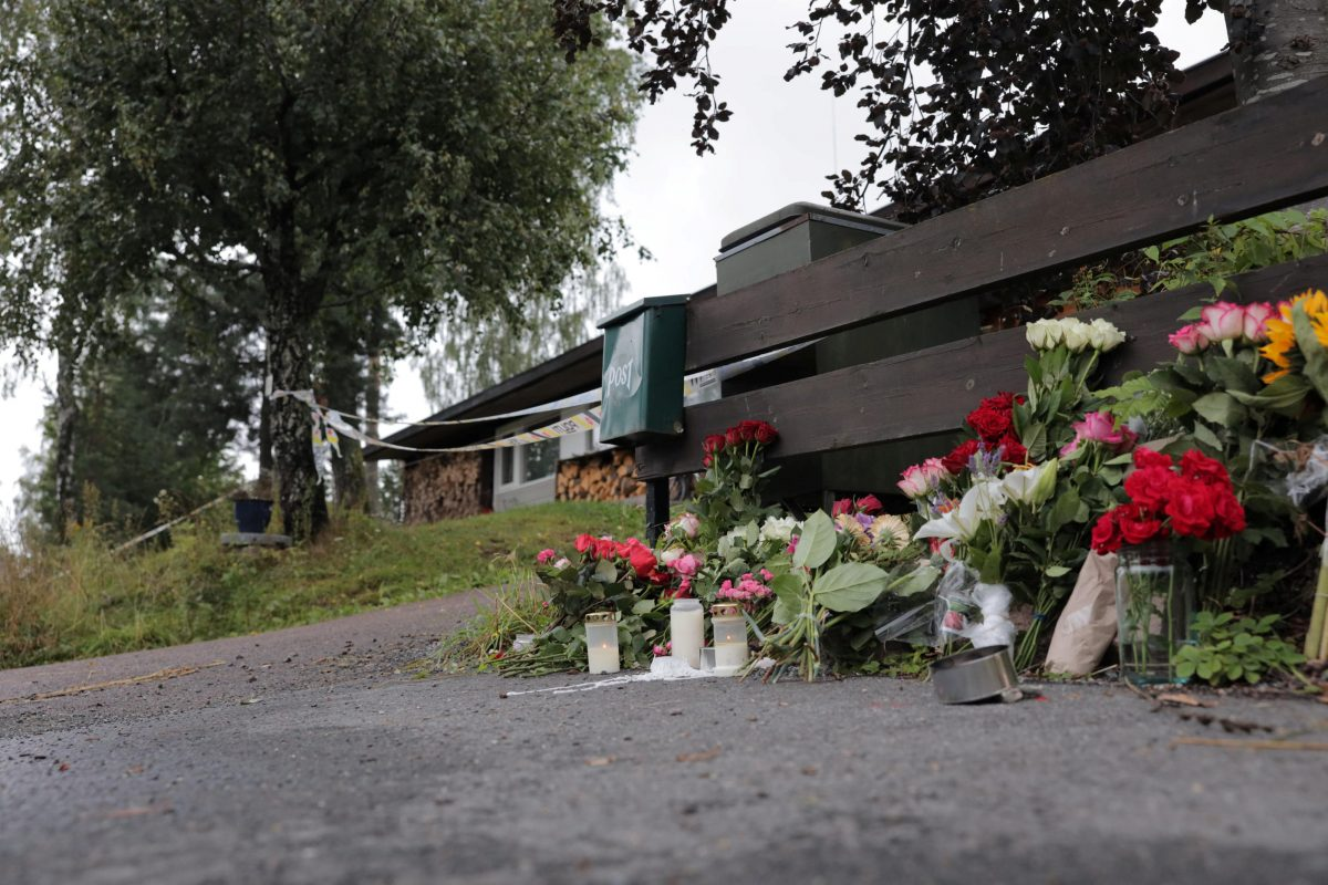 Flowers dedicated to the late stepsister of a suspected gunman