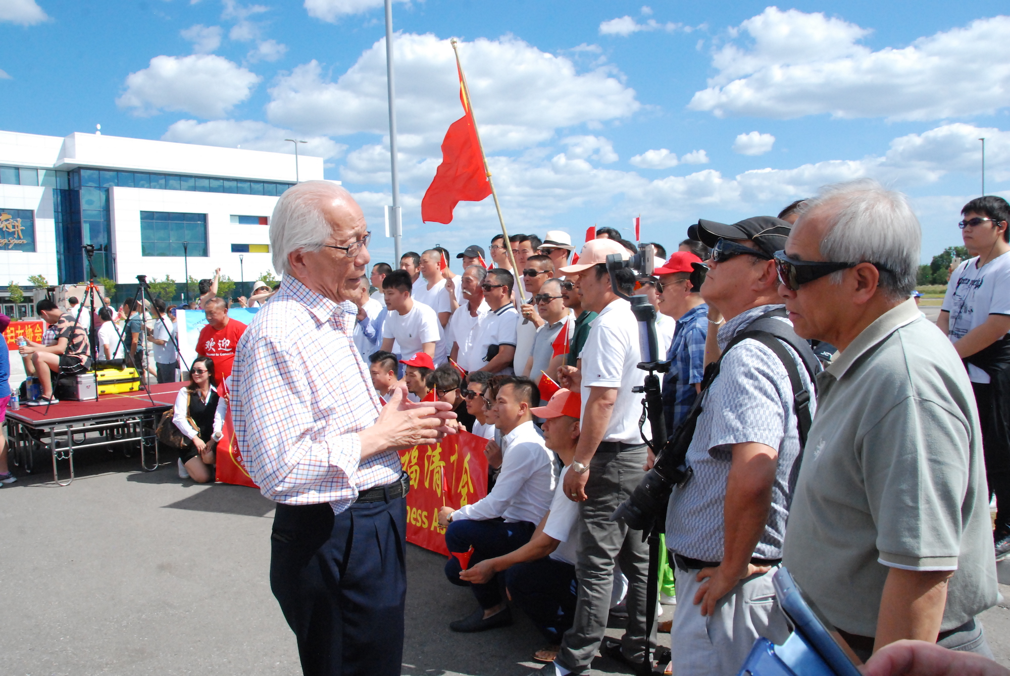 Several Canadian Politicians, Pro-Beijing Groups Attend Celebrations of Communist China's Founding Despite Beijing-Ottawa Tensions