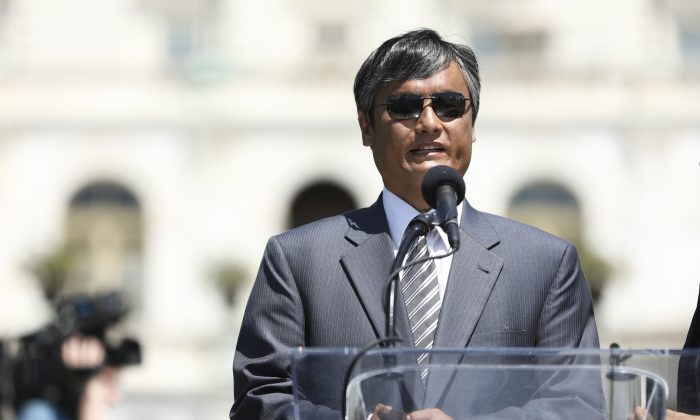 Attorney and human rights lawyer Chen Guangcheng speaks at a rally to commemorate the 30th anniversary of the Tiananmen Square massacre, on the West Lawn the Capitol on June 4, 2019. (Samira Bouaou/The Epoch Times)