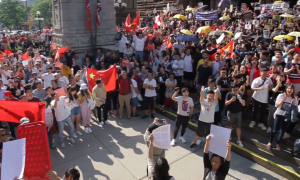 Hong Kong Supporters and Pro-Beijing Group Clash at Toronto Rally