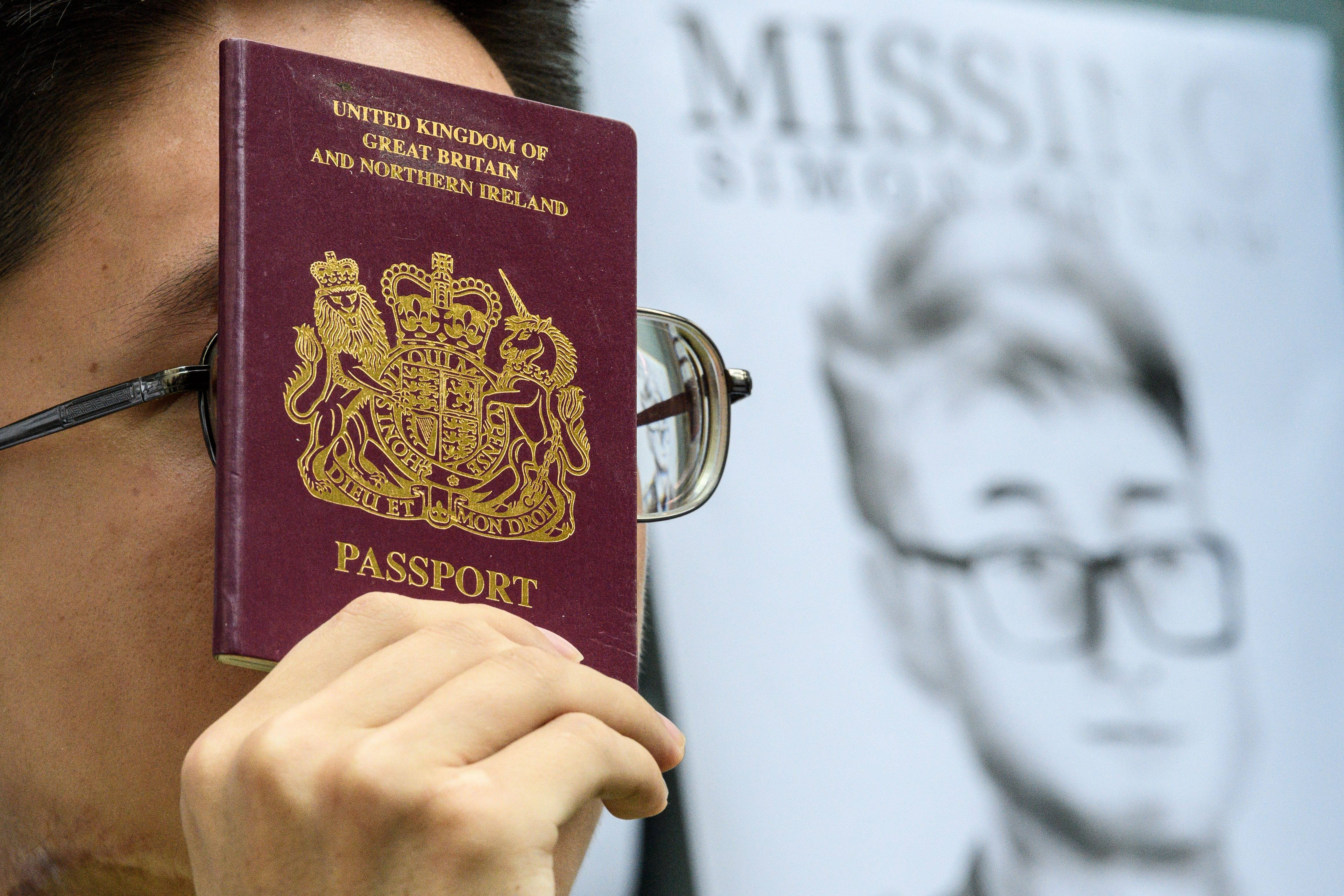Canada Blocks Travel for Hong Kong Consulate Staff After Detention of UK Employee
