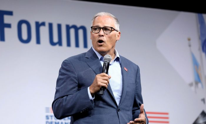 2020 Democratic U.S. presidential candidate and Washington Gov. Jay Inslee speaks during the Presidential Gun Sense Forum in Des Moines, Iowa, on Aug. 10, 2019. (Scott Morgan/File Photo/Reuters)