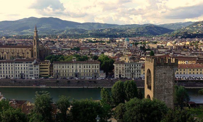 Torre di San Niccolo and the Arno River. (Lorenzo Fanti)