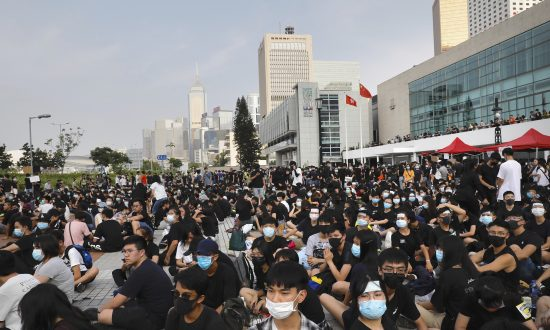 Hong Kong University Students Plan Class Boycott for Protest Demands